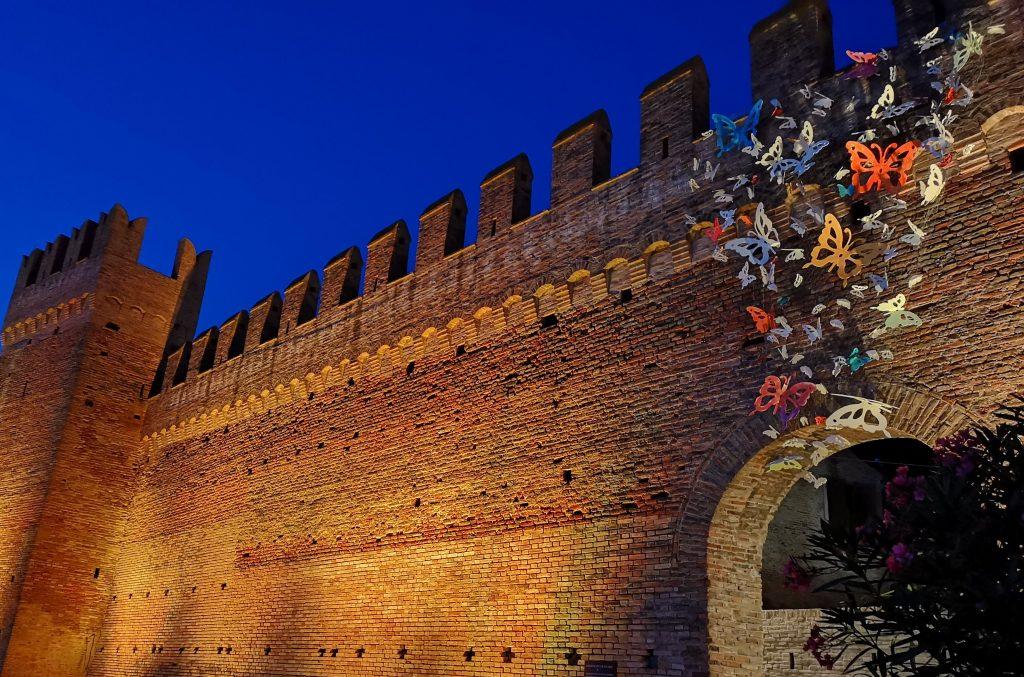 borgo più bello d'Italia castello Gradara