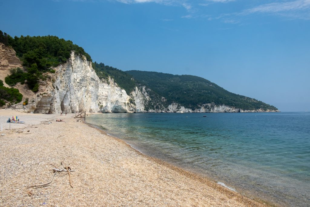 spiaggia gargano giugno